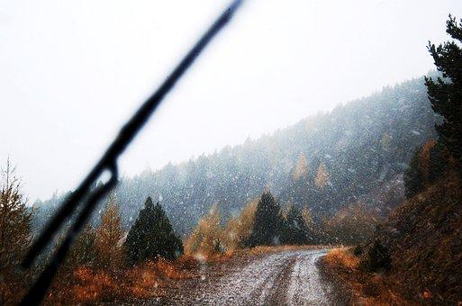 山の道, 雪が降る, 雪, 冬, すべての地形, 自然, 車, 旅行
