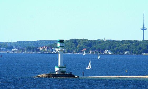 Wiedersehen mit Kiel - maritimes Flair einer Hafenstadt