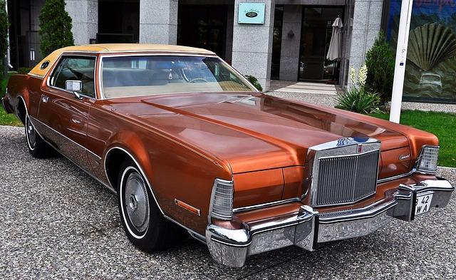 Car Lincoln Automobile Free Photo On Pixabay