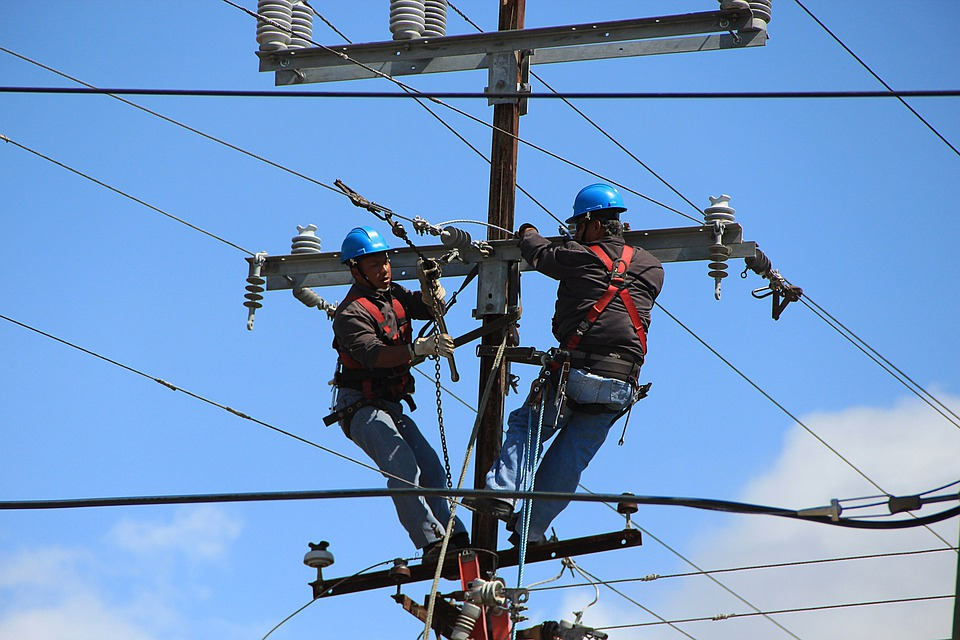 Electrical power-line installers and repairers Electrical power-line installers and repairers new images