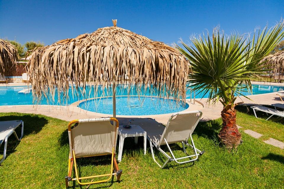 水, 夏, リゾート, サンベッド, 青, リラックス, プール, ホテル, 旅行, 椅子, レジャー, 傘