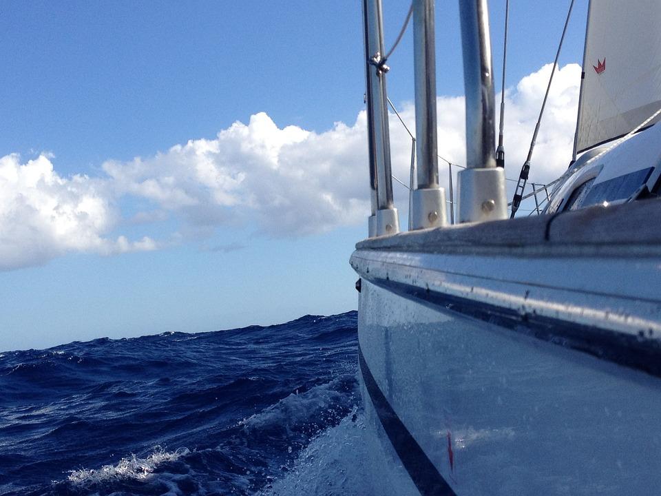 Hasil gambar untuk berlayar