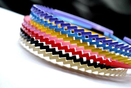 簡単にできるヘアバンドの作り方|大人用/子供用/素材別/スタイル別