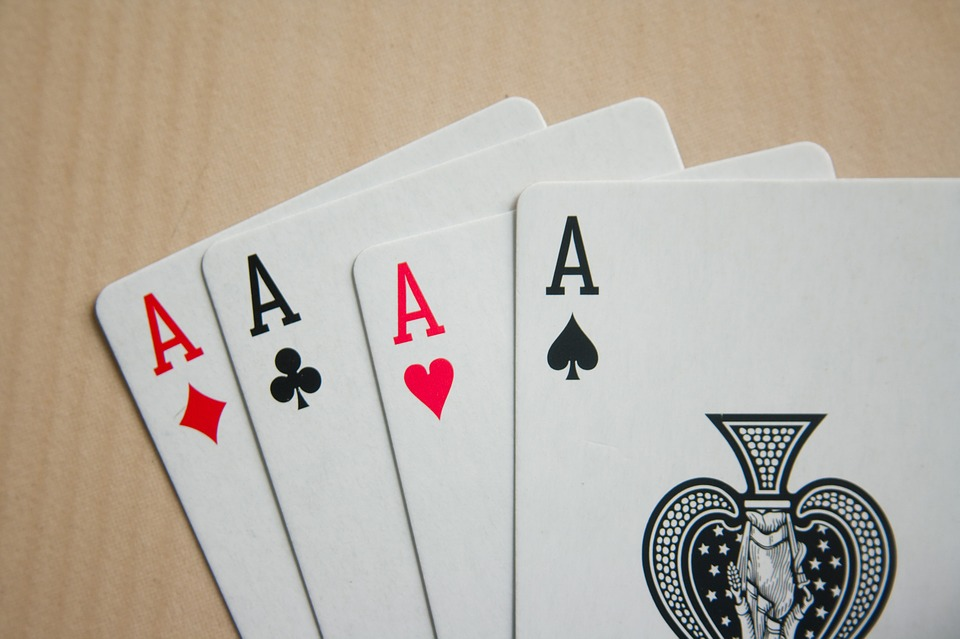 online 3-card poker winning strategies