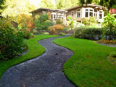 Home Landscape Yard Lawn Garden Path Grass