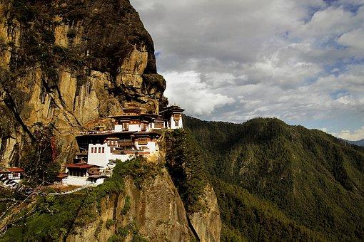 The Tiger'S Nest Monastery Taktsang Palphu