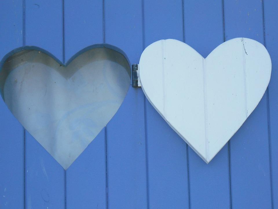 coeur bleu bois photo gratuite sur pixabay. Black Bedroom Furniture Sets. Home Design Ideas