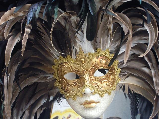 mask-of-venice-173679_640.jpg