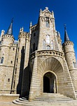 gaudí, castle