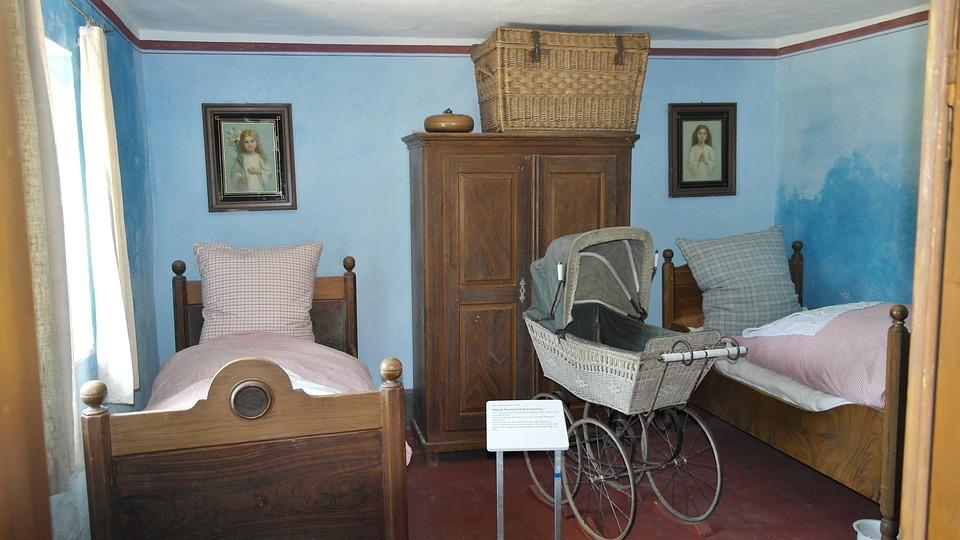 Bett Schlafzimmer Antik · Kostenloses Foto auf Pixabay