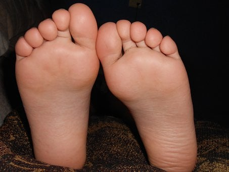Black girl feet soles toes