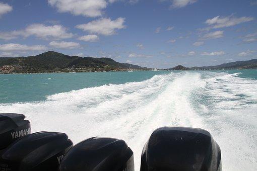great barrier reef on boat