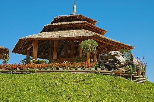 Cabana de bambu, telhado de palha de arroz, Tailândia