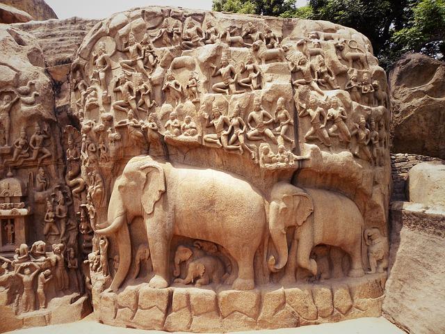 Free photo art rock carving elephant image on