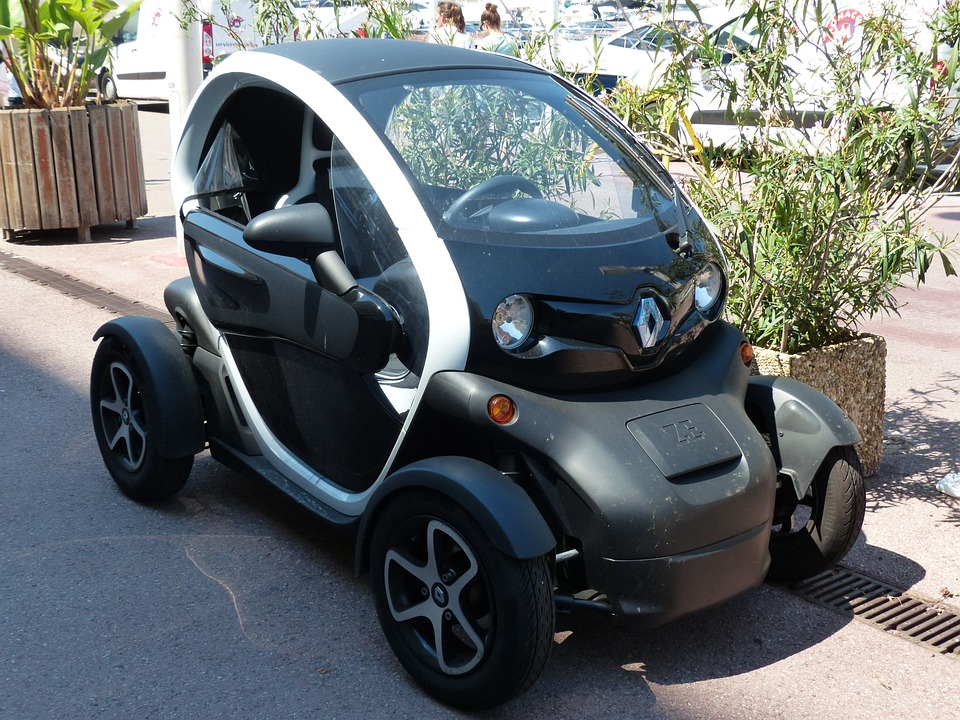 free photo auto small mini renault twizy free image on pixabay 187144. Black Bedroom Furniture Sets. Home Design Ideas