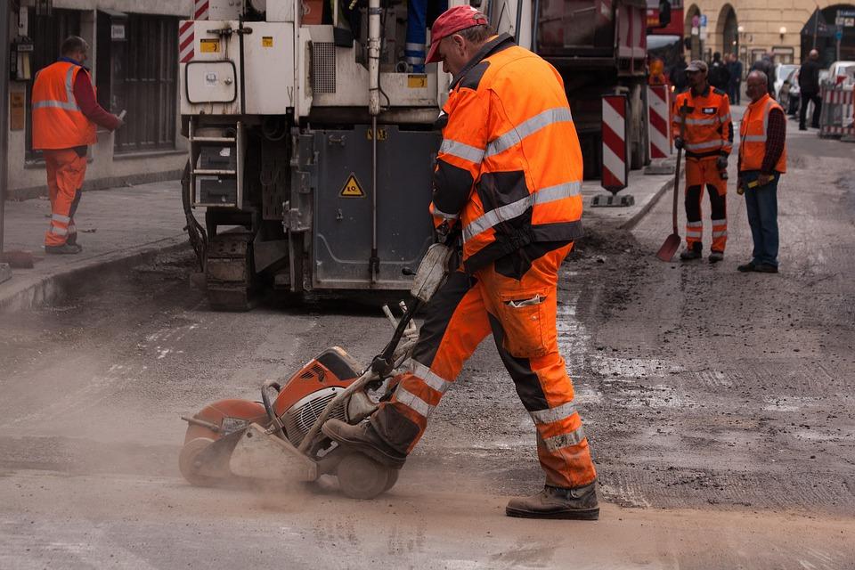 Budowy Dróg, Budowa Pracowników, Teersäge, Renowacja