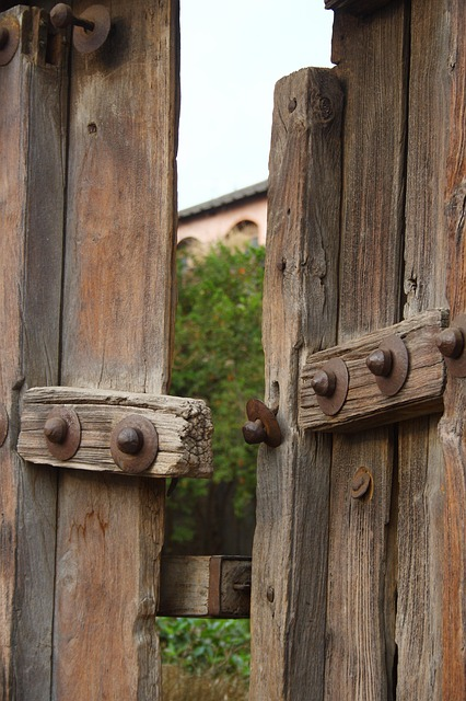 Old Door Wooden Gate 183 Free Photo On Pixabay