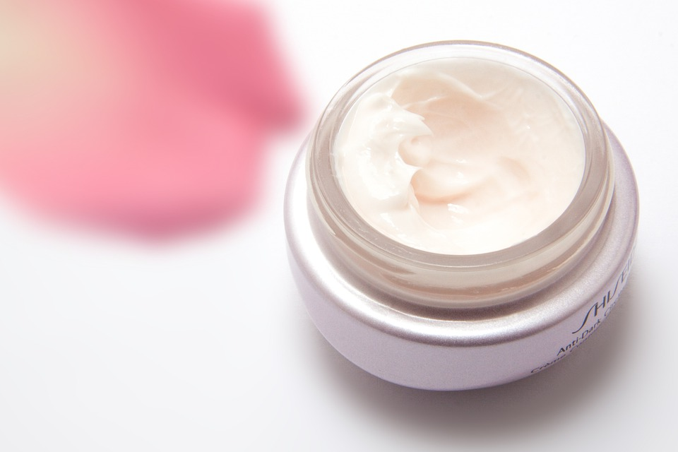 Resulta ng larawan para sa moisturizer