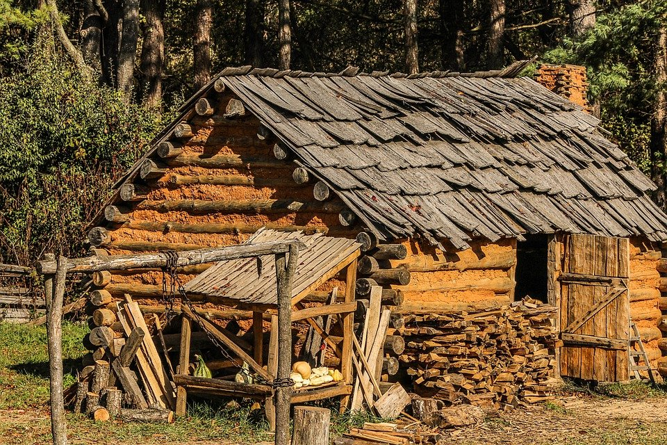 Hut cabin settlers free photo on pixabay for Old style log homes