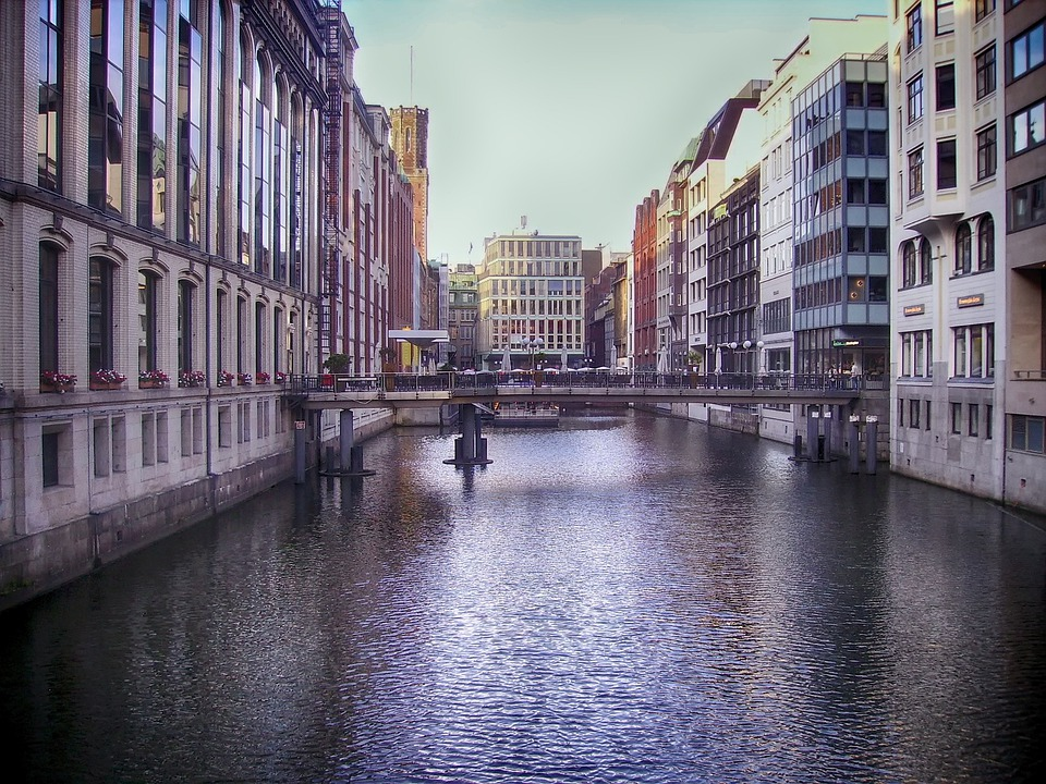 ハンブルグ ドイツ 運河 · Pixab...