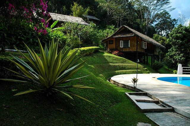 Swimmingpool holzhaus agave kostenloses foto auf pixabay for Foto giardini moderni