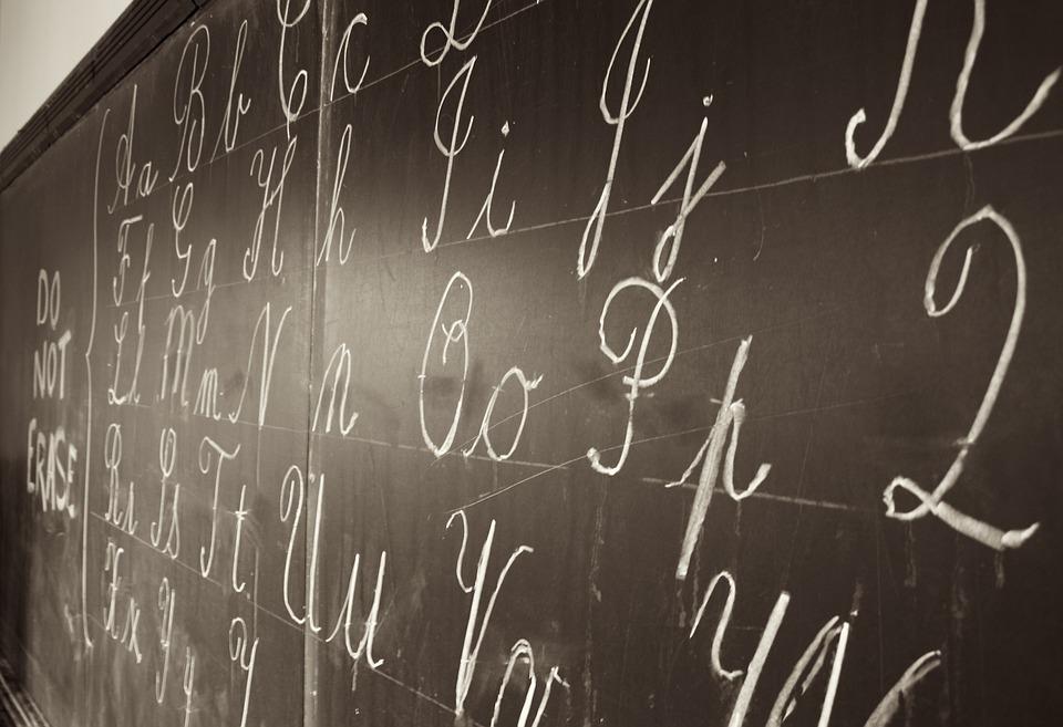 Tableau Noir, Écrit, Craie, Blanc, Lettres, Alphabets