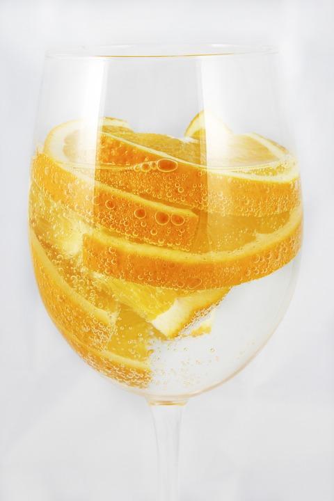 Sinaasappelen, Bruisend Water, Een Glas