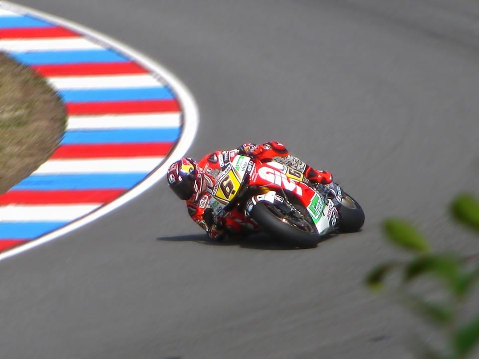 Stefan Bradl, Motogp, Racing
