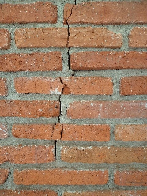Brick Crack Cut 183 Free Photo On Pixabay