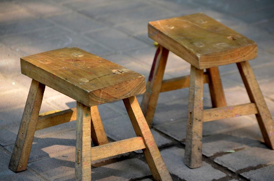 Sgabello sgabelli legno di · foto gratis su pixabay