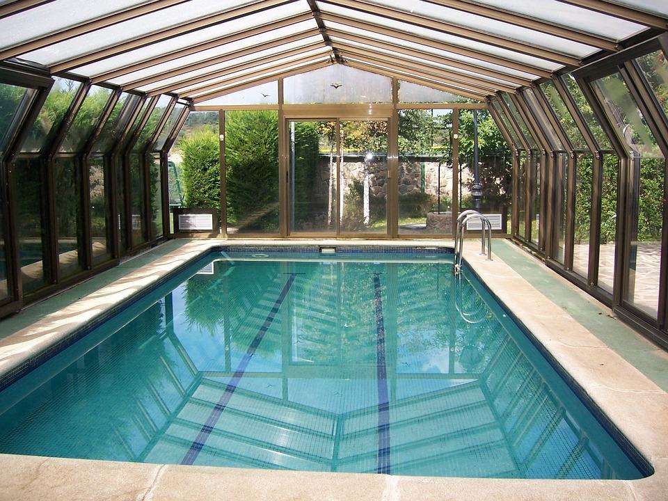 Heated Swimming Pool Water Bathroom Relax