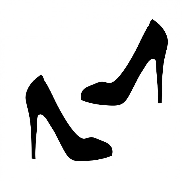 Черно-белые картинки туфлей