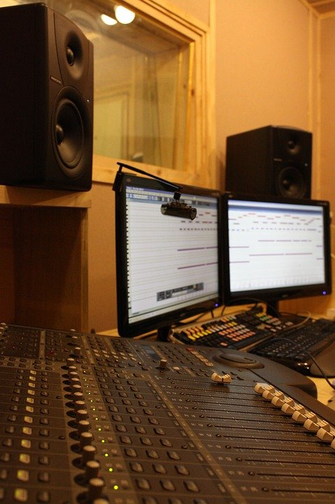 Pleasant Free Photo Studio Recording Studio Computer Free Image On Largest Home Design Picture Inspirations Pitcheantrous