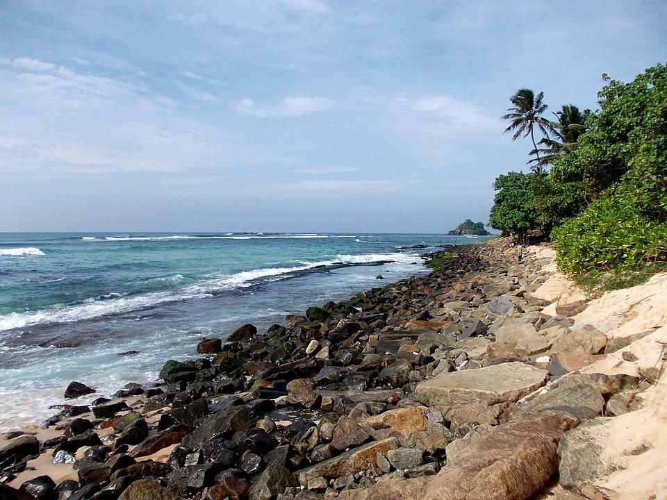 スリランカ 海 ビーチ · Pixabay...