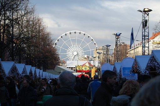 Mercado De Navidad, Rueda De La Fortuna