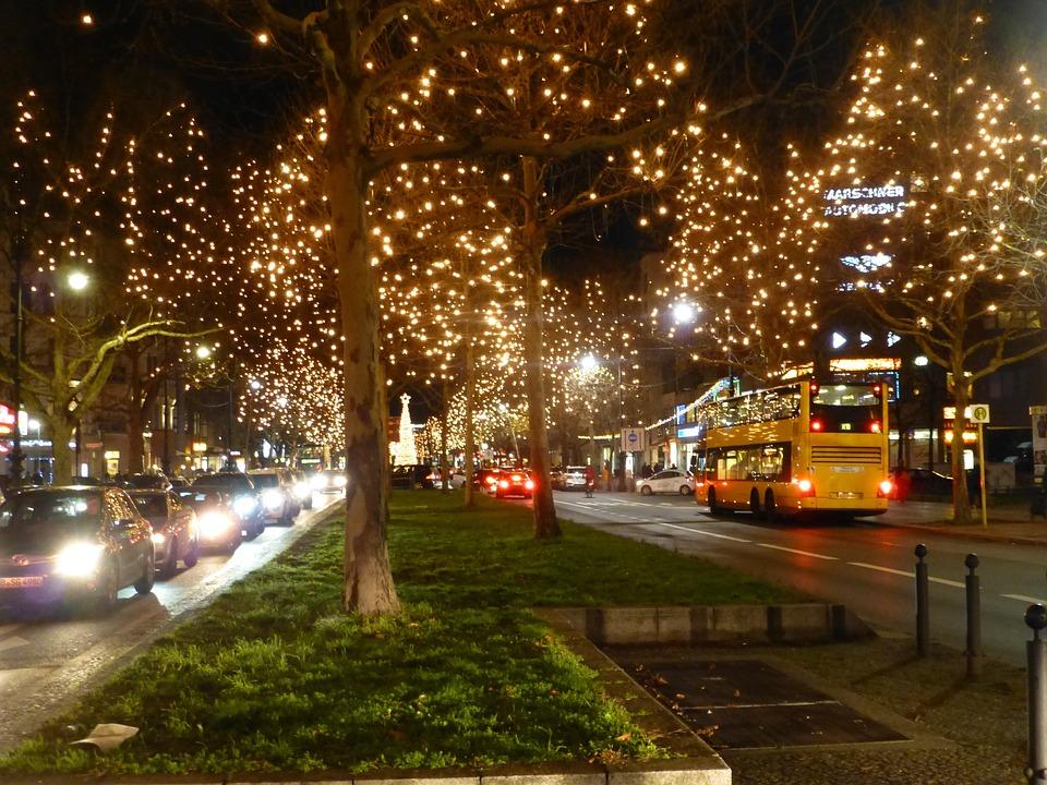Weihnachtsbeleuchtung Kurfürstendamm.Kurfürstendamm Berlin Weihnachten Kostenloses Foto Auf Pixabay
