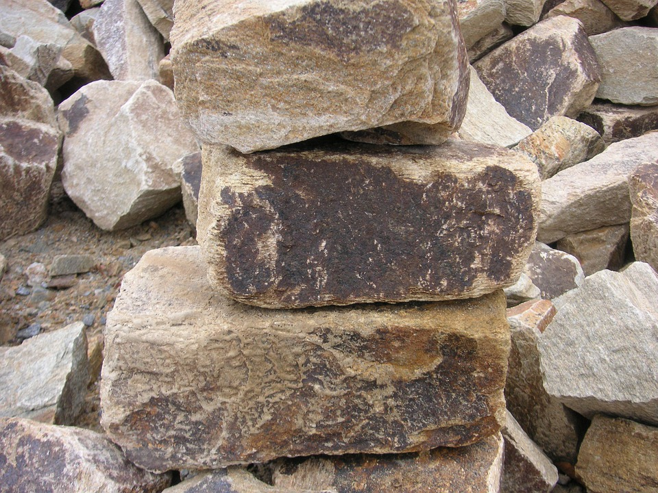 Free photo rocks quarried quarry rock pile free for Antiguedades para jardin