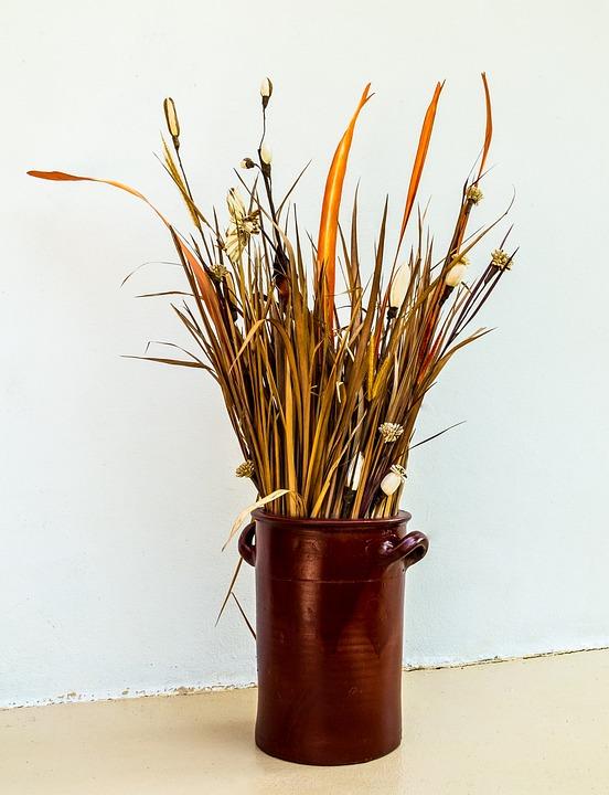 fleurs séchées bouquet pot en argile