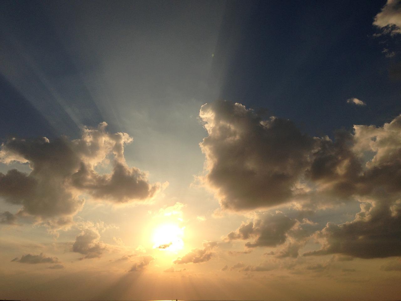 открытки фото небо с облаками и солнцем прошел пробы