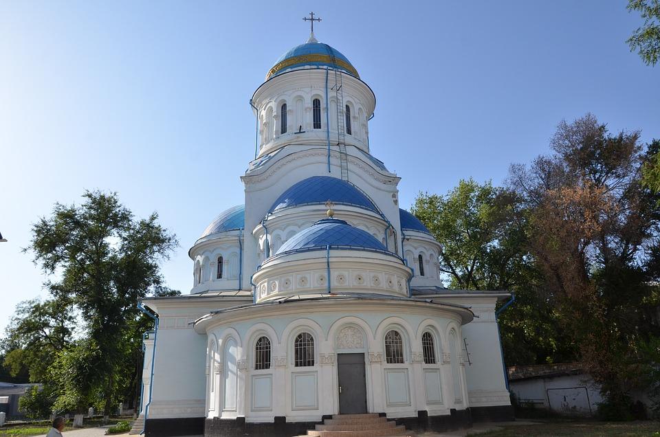 Katedra, Kiszyniów, Religia, Pomnik