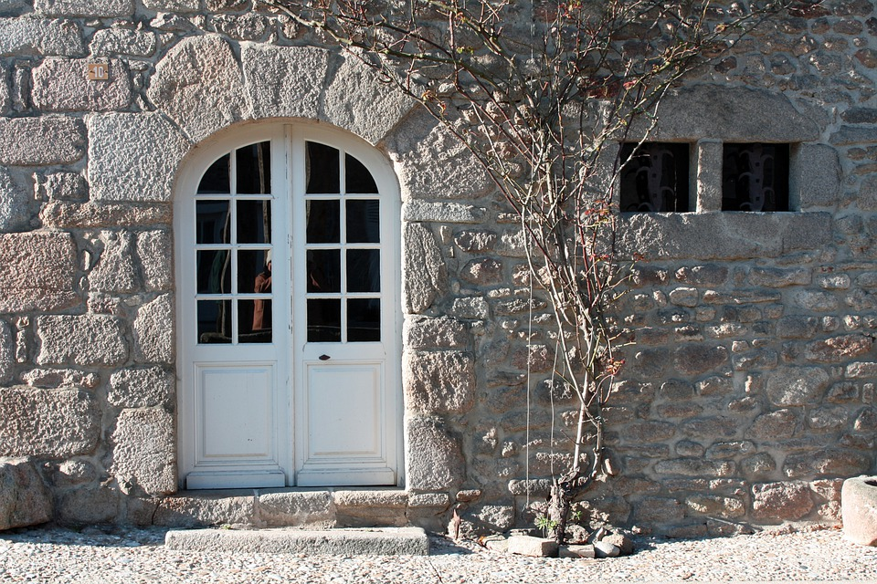 Arched Door Stone Wall Door Wooden Arch Entrance & Free photo: Arched Door Stone Wall Door - Free Image on Pixabay ...