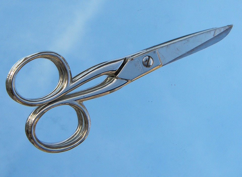 How to Sharpen Hairdressing Scissors