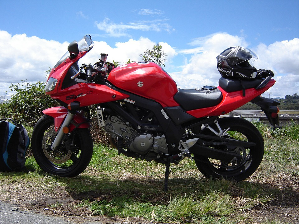 Suzuki Motorrad Rot - hagellacarter