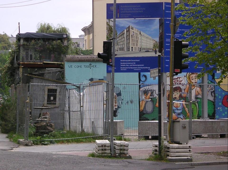 ベルリンの壁 フラグメント フェンス Pixabayの無料写真