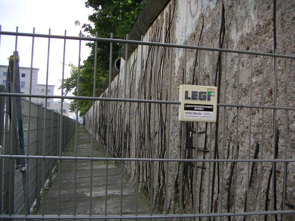 Berlin Wall Fragment Free Photo On Pixabay