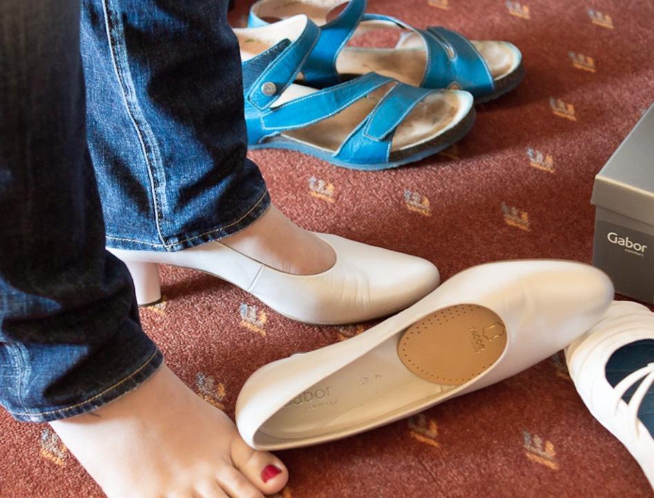 結婚式の靴のマナー|男女別/季節別/素材別/色別/種類別