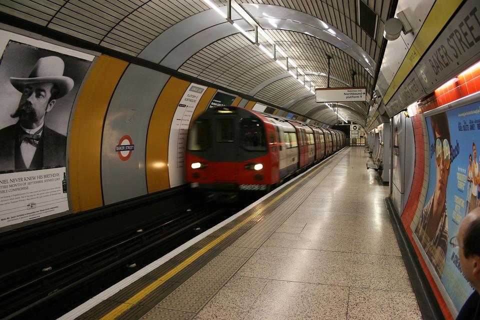 Subway Train Station - Free photo on Pixabay