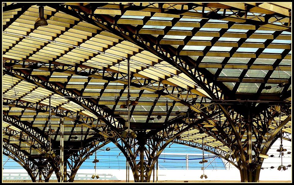 Kostenloses Foto Bahnhof Bahnhofsdach Dach