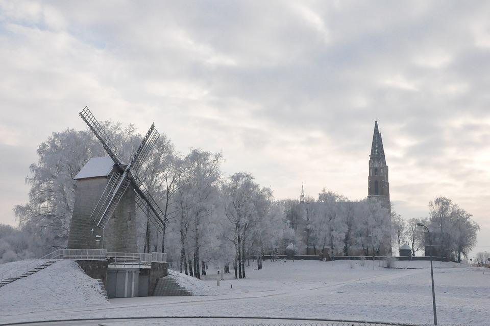 ポドラシェ県 冬 風車 · Pixabay...