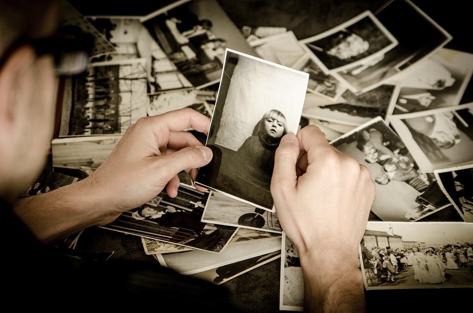 Foto 'S, Handen, Houd, Oude, Oude Foto'S, Fotografie